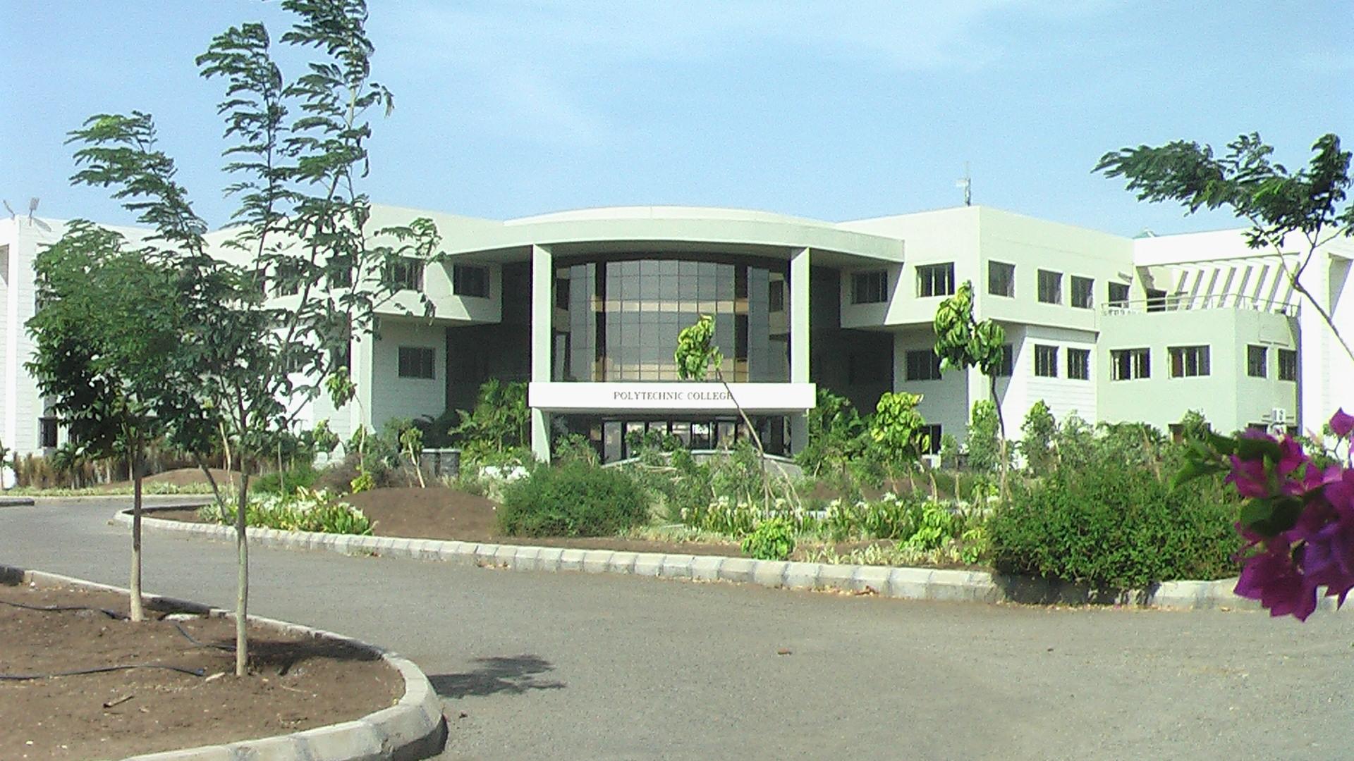 VP-Ploytechnic-College-1